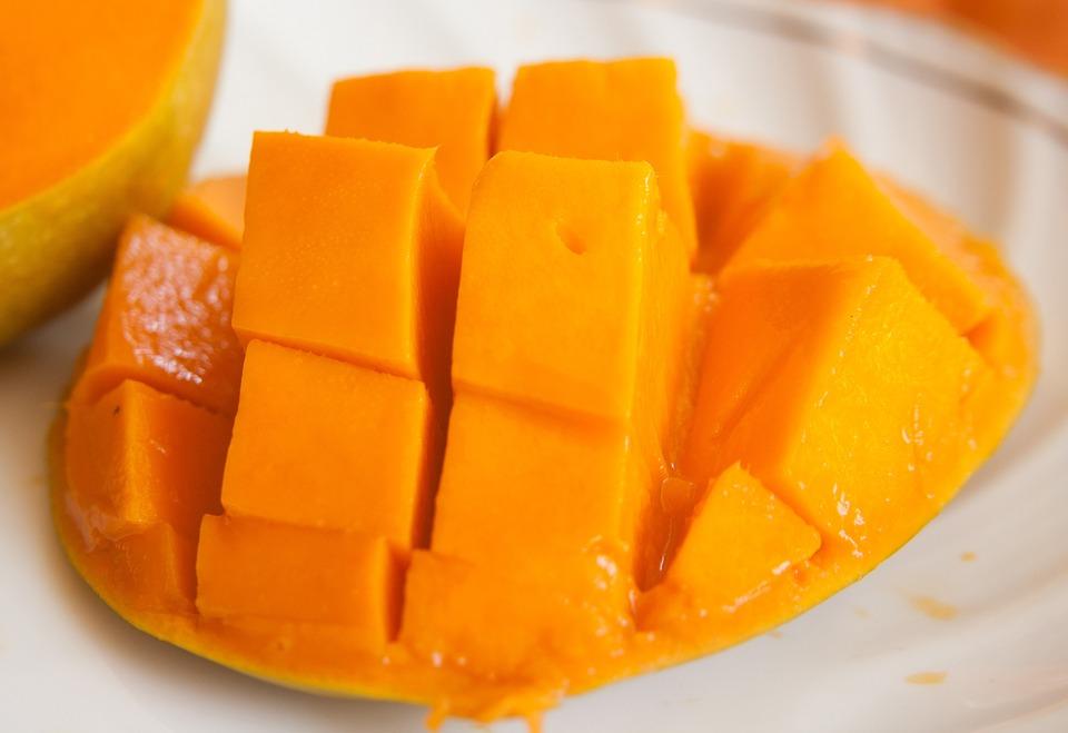 http://fruit-island.ru/files/mango-390685_960_720.jpg