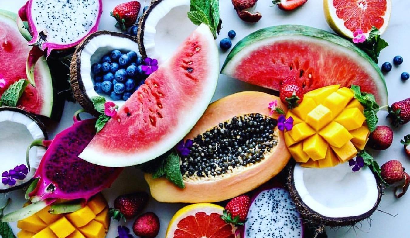 http://fruit-island.ru/images/upload/фрукты%2017.jpg